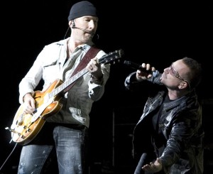 Bono and The Edge jam in T.O. ... he even mentioned the TTC, how can I not love the guy?