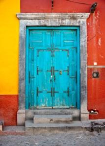 Now, THAT's a door! (San Miguel de Allende, Mexico)